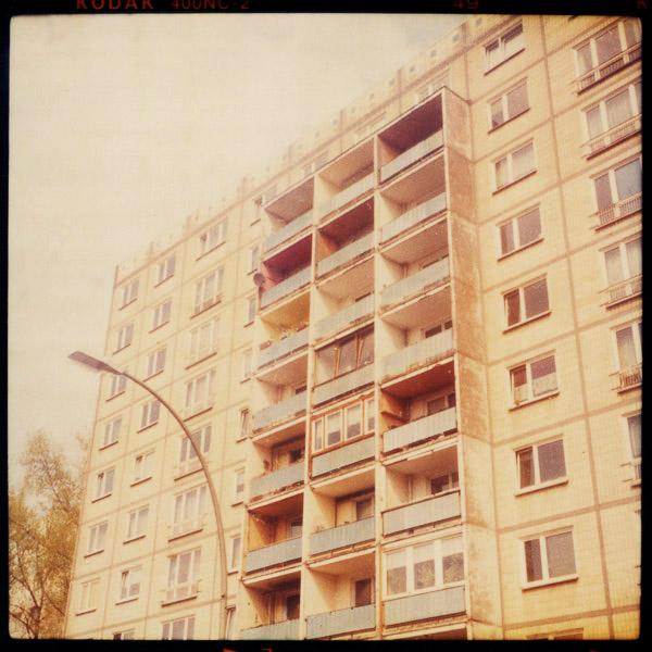 sightseeing, platte, friedrichshain, danzigerstraße, c-print, bilder, berlin - Pieces of Berlin - Book and Blog