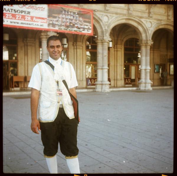 wien, exkursion, eintrittskartenverkaeuferIn, amir, 24 - Pieces of Berlin - Book and Blog