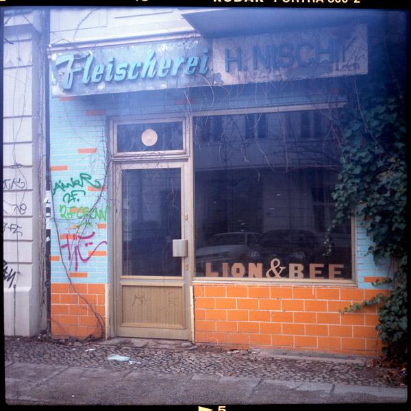 prenzlauerberg, fleischerei, c-print - Pieces of Berlin - Book and Blog