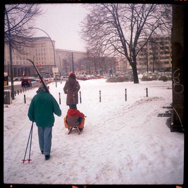berlin, frankfurter tor, ski, winter