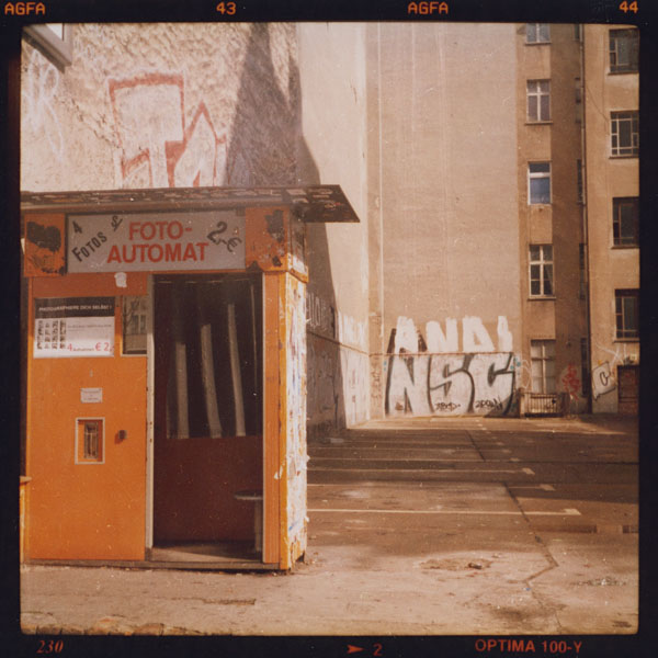 berlin, photoautomat, warschauerstraße