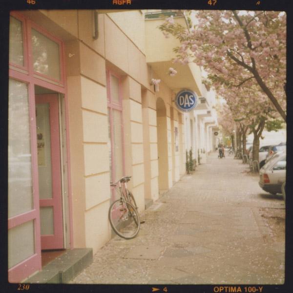 prenzlauerberg, kitsch, c-print, berlin - Pieces of Berlin - Book and Blog