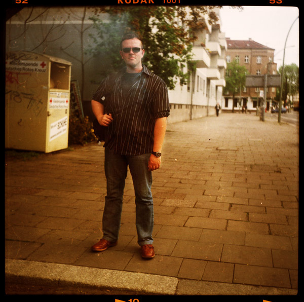 sascha, prenzlauer berg, portrait, pankow, berlin, beamter, 39 - Pieces of Berlin - Book and Blog