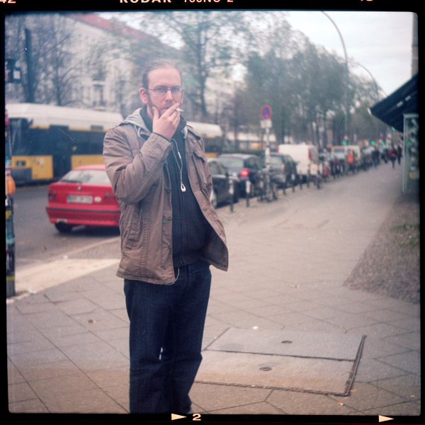 sascha, programmiererIn, portrait, berlin, 30 - Pieces of Berlin - Collection - Blog