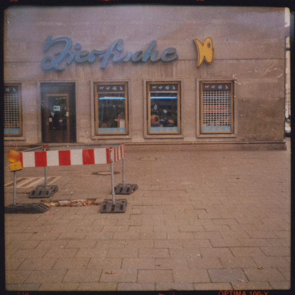 zierfische, friedrichshain, c-print, berlin - Pieces of Berlin - Book and Blog