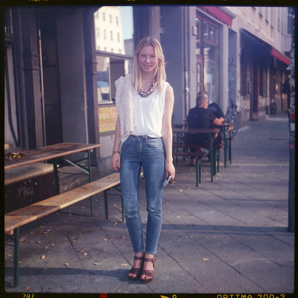 studentIn, luise, 21 - Pieces of Berlin - Book and Blog