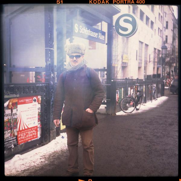 special, schönhauser allee, san diego, ringbahn, portrait, pianistIn, berlin, 44 - Pieces of Berlin - Book and Blog