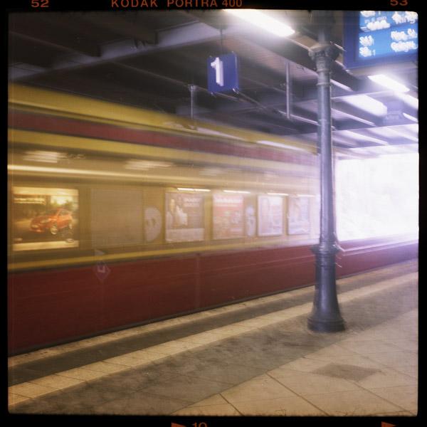 special, schönhauser allee, ringbahn, print, fotokunst, berlin - Pieces of Berlin - Book and Blog