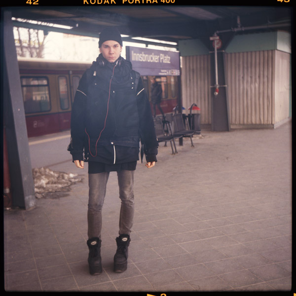 studentIn, special, ringbahn, portrait, friedrichshain, fabi, berlin, berghain - Pieces of Berlin - Book and Blog