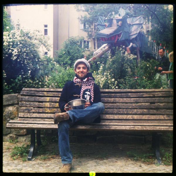 sozialpädagoge, portrait, italien, gentrifizierung, friedrichshain, carlo, berlin, 28 - Pieces of Berlin - Book and Blog