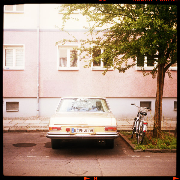 timeless, mitte, mercedes, berlin, benz, auto - Pieces of Berlin - Book and Blog