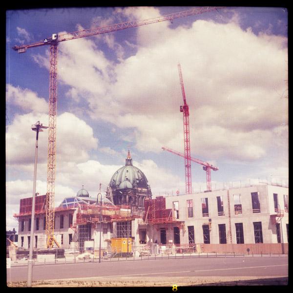 stadtschloss, mitte, fail, berlin - Pieces of Berlin - Book and Blog