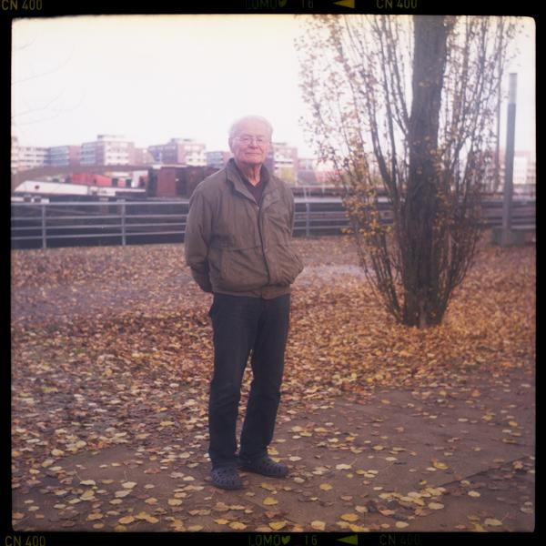 stralau, rentnerIn, heinz 81 - Pieces of Berlin - Book and Blog