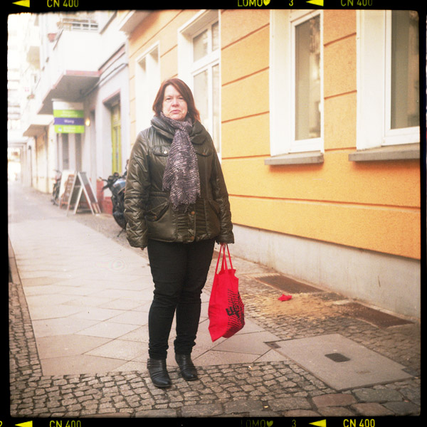 spätaussiedlerIn, selbstständig, lili, friedrichshain, 53 - Pieces of Berlin - Book and Blog