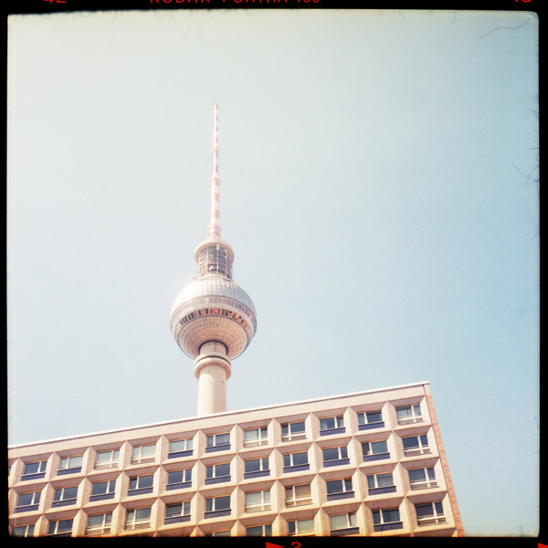 fernsehturm, berlin, alexanderplatz - Pieces of Berlin - Book and Blog