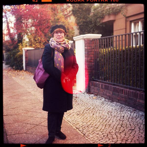 schöneberg, rentnerIn, regina, prenzlauer berg, friedenau, 78 - Pieces of Berlin - Book and Blog