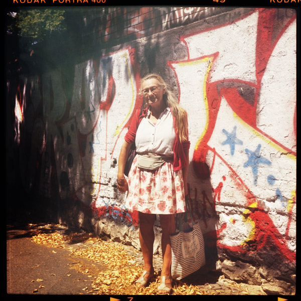 rentnerIn, portrait, margot, friedrichshain, corona, berlin, 64 - Pieces of Berlin - Book and Blog