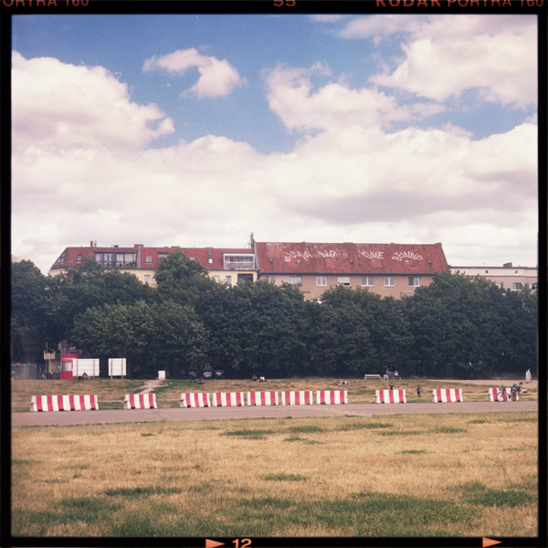 tempelhofer feld, Refugees Welcome, leave no one behind, berlin - Pieces of Berlin - Book and Blog
