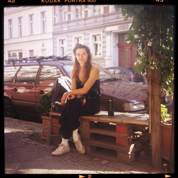 taenzerIn, melli, kreuzberg, corona, berlin, 33 - Pieces of Berlin - Book and Blog