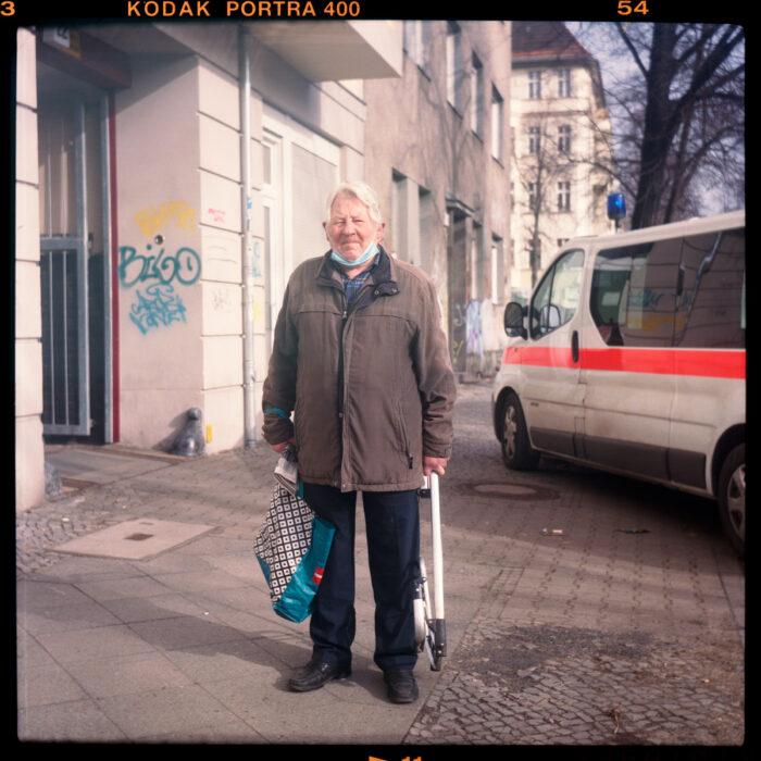 rixdorf, rentnerIn, mietenwahnsinn, lockdown, corona, berlin - Pieces of Berlin - Book and Blog